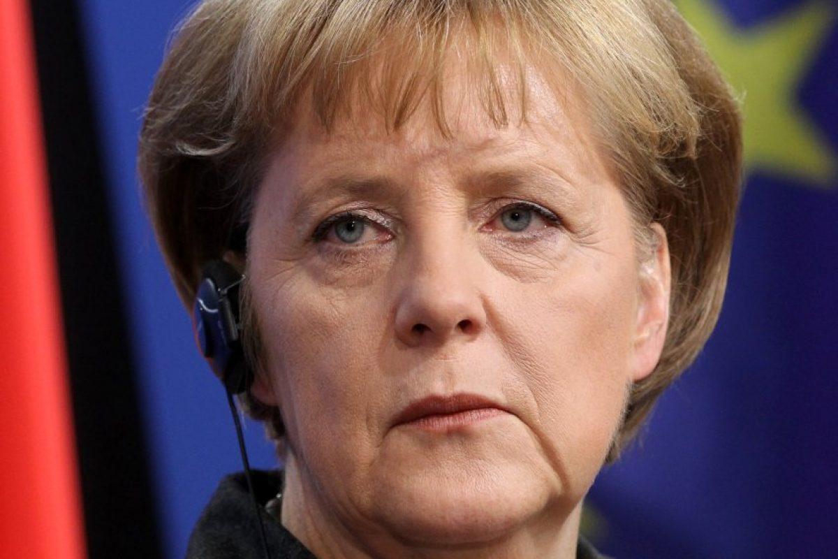 Angela Merkel, acuzată în Bundestag că este marioneta Washingtonului