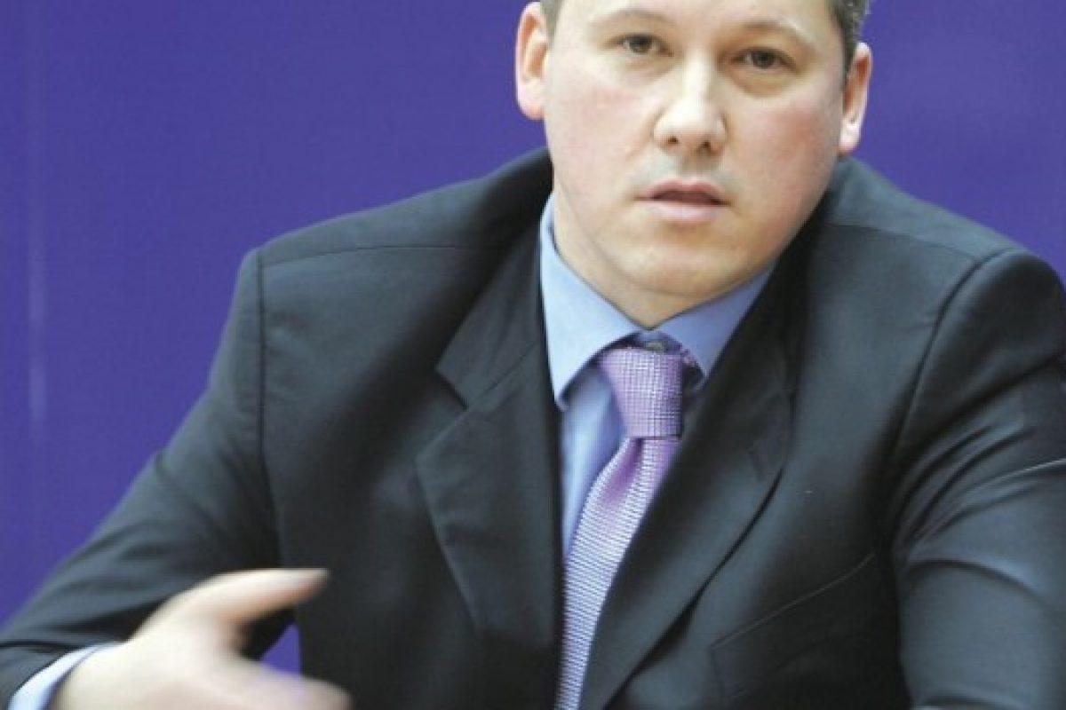 Triumviratul malefic: Valeriu Stoica, Calin Andrei Zamfirescu si Arin Stanescu
