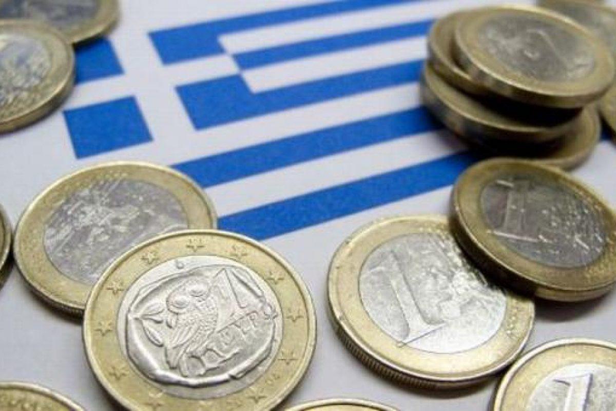 Submarinele care au scufundat economia elenă