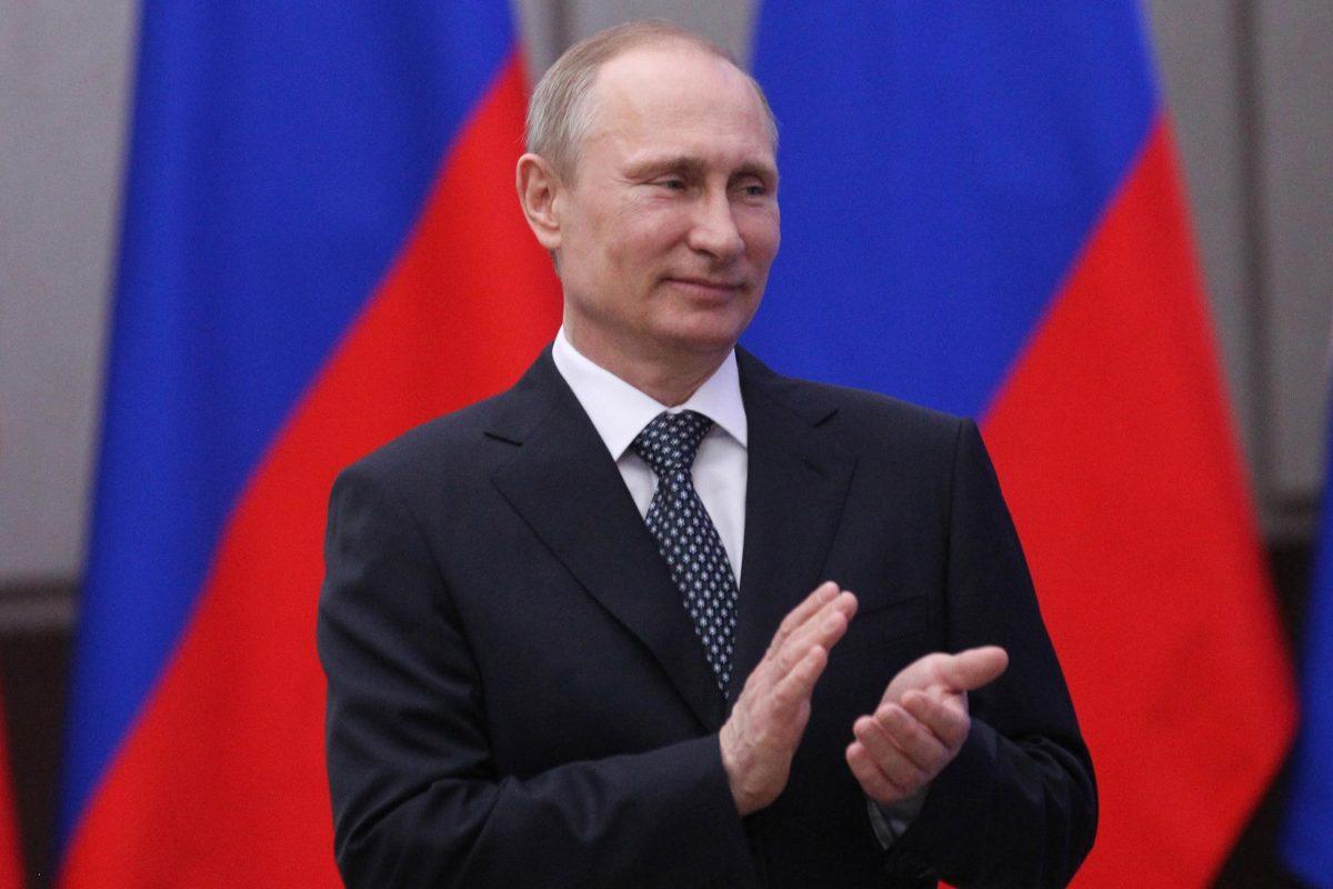 Vladimir Putin acuză SUA că au ajutat separatiştii ruş