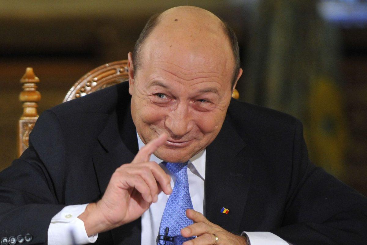 Ce mai face Basescu? – Actualitatea romaneasca 08.04.2015
