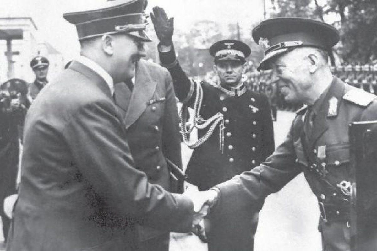 România a ieşit plină de aur din război. Cum l-a manipulat Antonescu pe Hitler