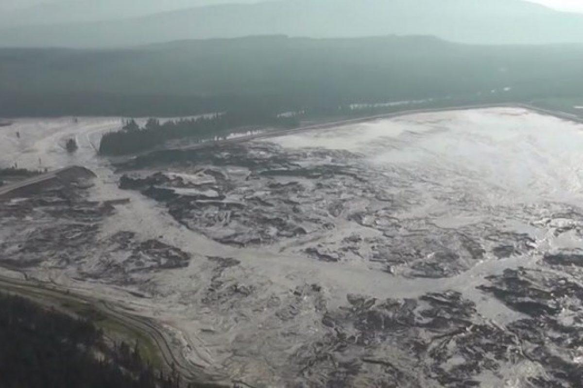 Înregistrări VIDEO cu dezastrul produs în această săptămână de ruperea barajului iazului unei mine de aur din Canada. UPDATE: Proiectant comun cu cel de la Roșia Montană!