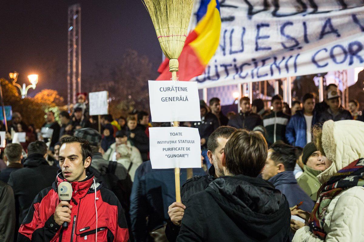 Cum schimbam sistemul! – Actualitatea românească 09.11.2015