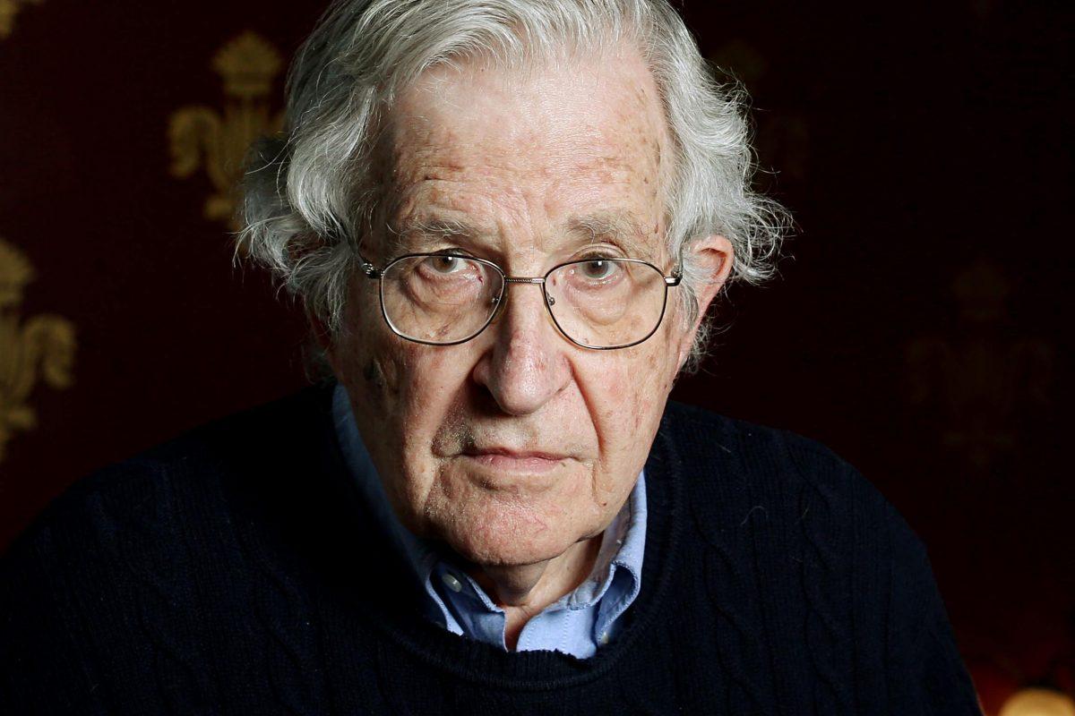 Chomsky: Dacă alte puteri ar acționa la fel de iresponsabil ca SUA, soarta noastră ar fi pecetluită