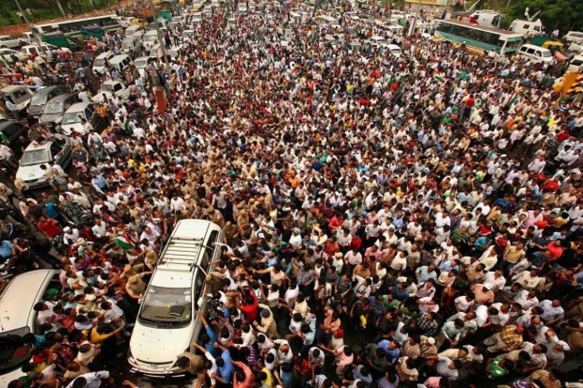 """""""Populaţia lumii trebuie REDUSĂ cu 50%. Numai aşa naţiunile vor intra în Noua Ordine Mondială"""". Declaraţiile care te vor şoca"""