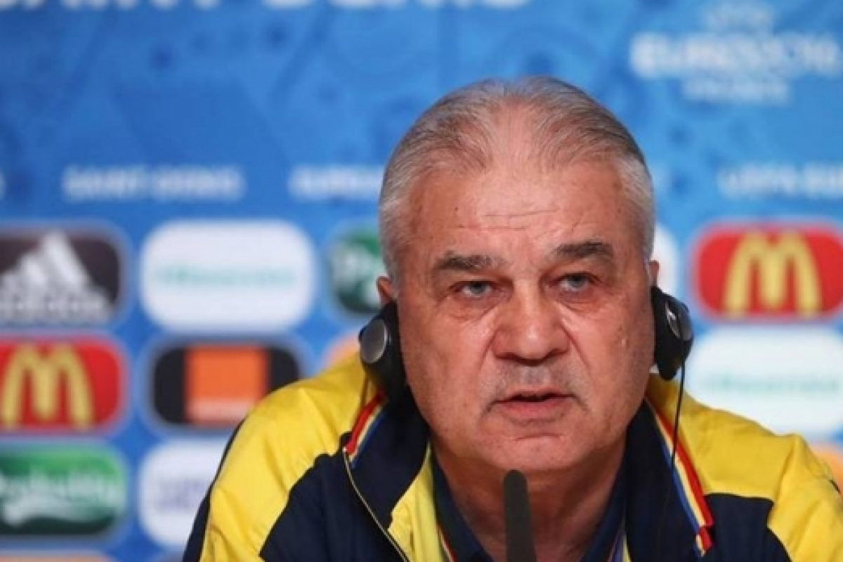 """A """"trîntit"""" tata Puiu meciul Naționalei cu Albania ?!"""