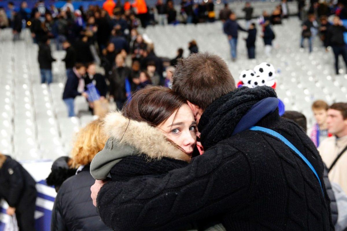 ATAC de ziua naţională a Franței: 84 de morți și peste 100 de răniți. Starea de urgență, prelungită încă trei luni