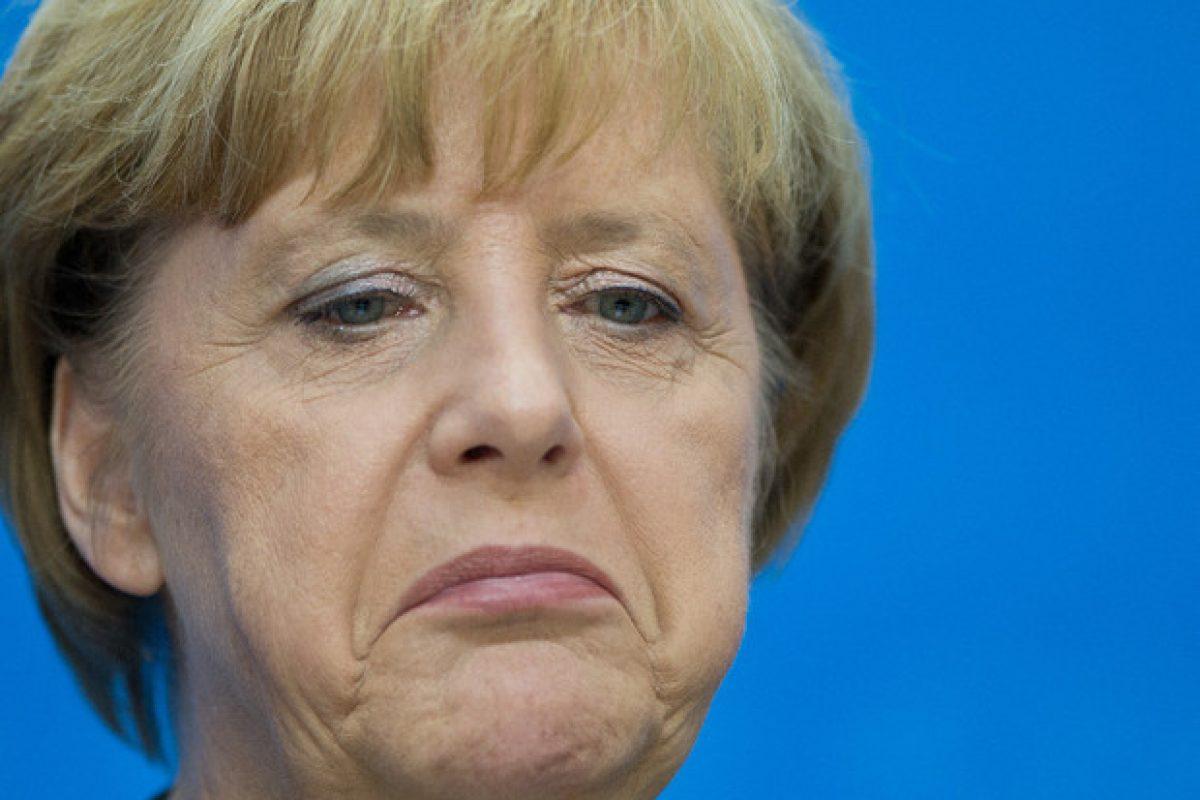 """""""Europa se află la sfârşitul existenţei sale"""". Angela Merkel este de vină!"""