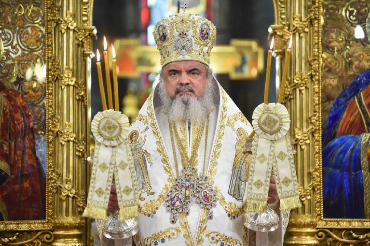 """Patriarhul României, blestemat de un călugăr de la muntele Athos: """"Nu vă fie frică de Satana Daniel!"""". Pe Facebook ortodocșii sunt chemați la protest în Dealul Patriarhiei (VIDEO)"""