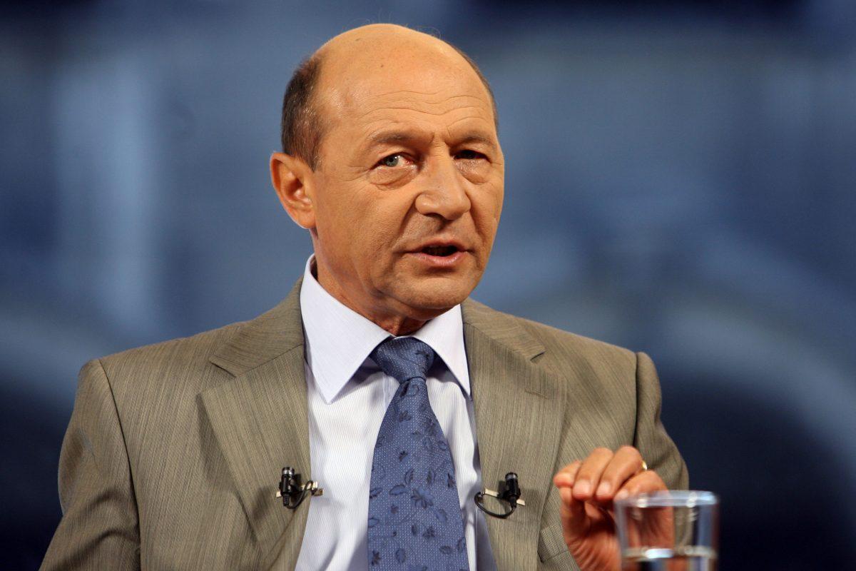 Traian Băsescu răspunde: Banii pe care i-a luat Moldoveanu nu i-a împărțit cu mine (VIDEO)