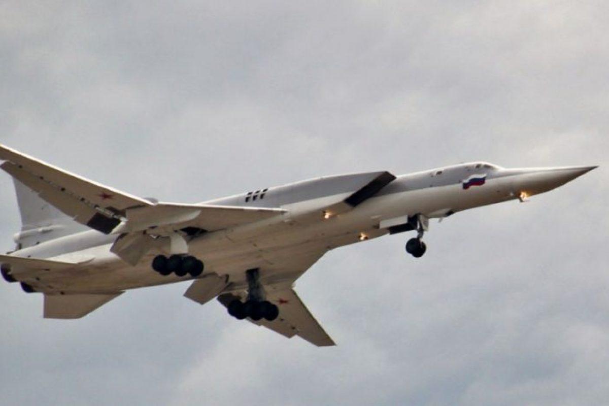 Bombardierele ruseşti Tu-22M3 vor fi echipate cu rachete supersonice invulnerabile