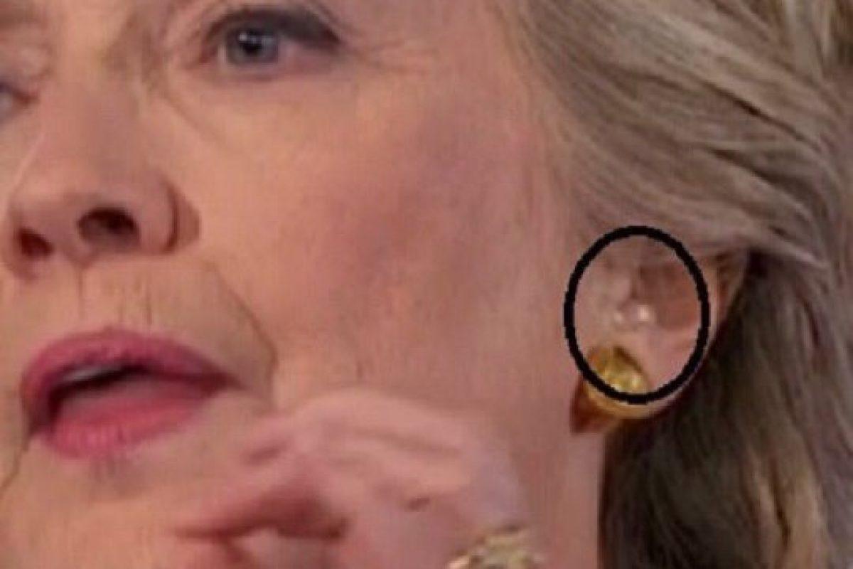Un profesor de medicină consideră că Hillary Clinton mai are maxim 1 an de trăit, fiind grav bolnavă! Atunci, de ce mai candidează ea la preşedinţia SUA? Jocurile cui face?