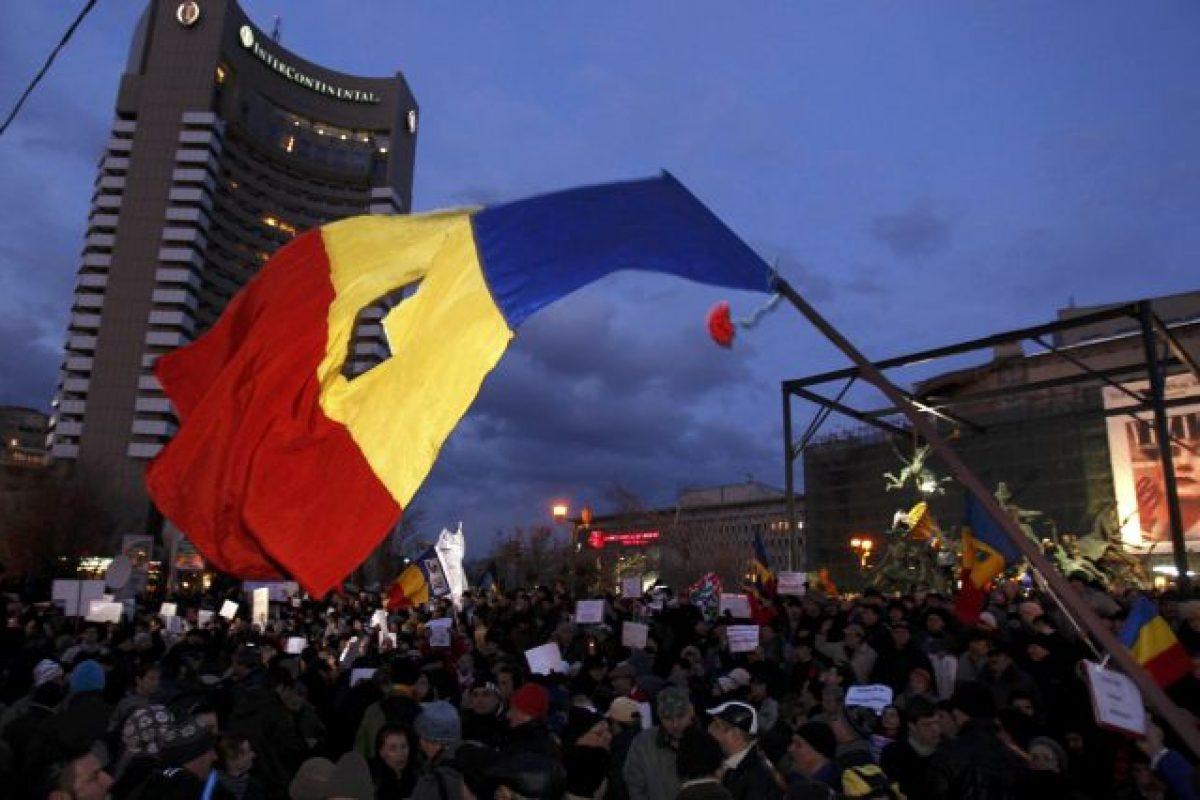 De ce suntem prosti? – Actualitatea Românească 24.10.2016