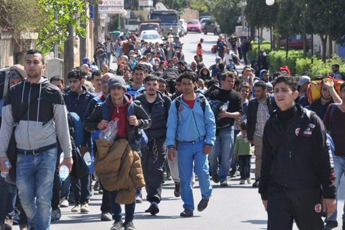DEZVĂLUIRI | Ni se bagă pe gât 20.000 de sirieni din Serbia!