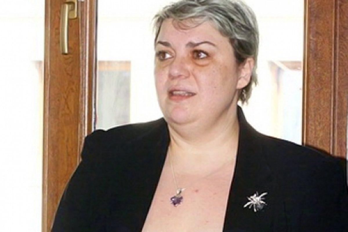 """Sevil Shhaideh este prima femeie propusă pentru funcţia de premier al României. Liviu Dragnea: """"Nu am vrut să forţez o lege pentru a fi eu prim-ministru"""""""