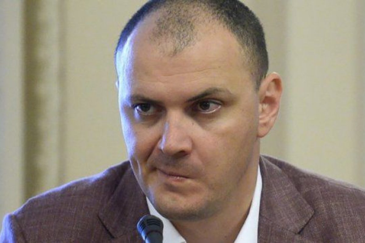 """DEZVĂLUIRE-ȘOC: Sebastian GHIȚĂ ar fi fugit cu """"CHEIA"""" softurilor serviciilor, iar acum ȘANTAJEAZĂ autoritățile (VIDEO)"""