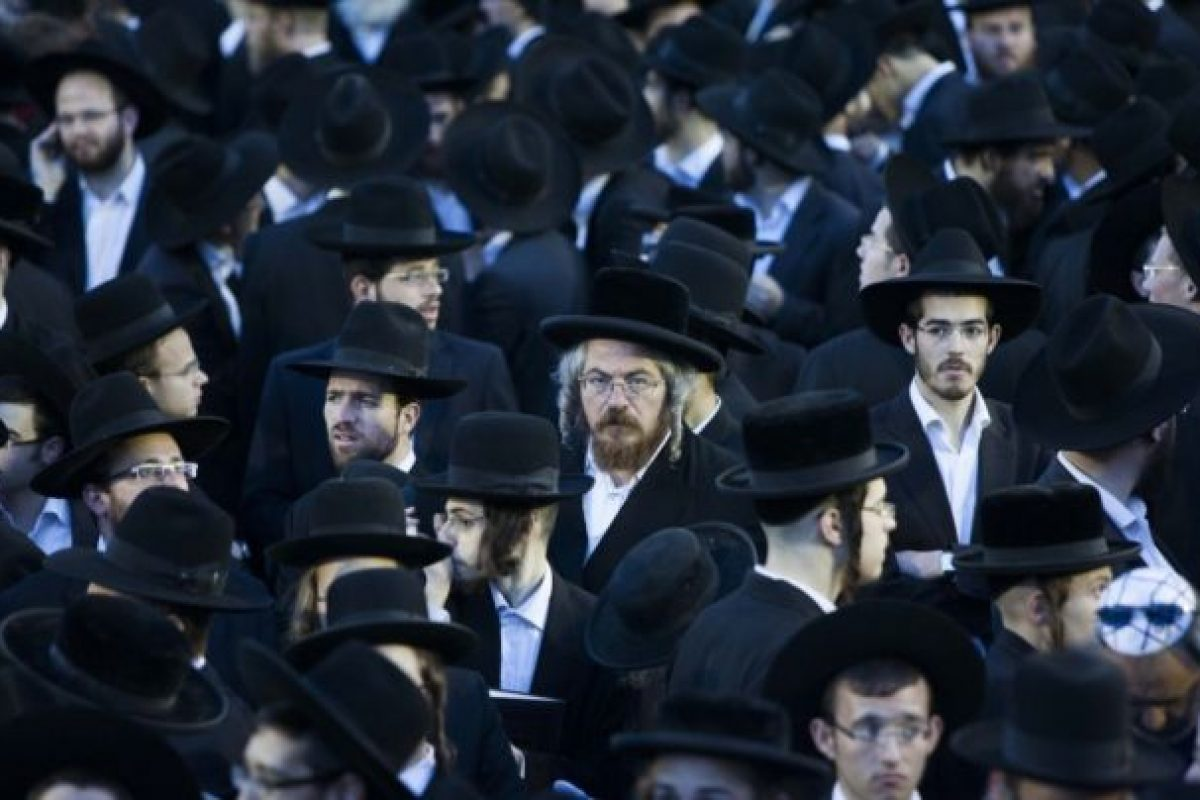 """SECRETELE """"poporului ales""""! De ce sunt evreii atât de bogaţi si de deştepţi?"""