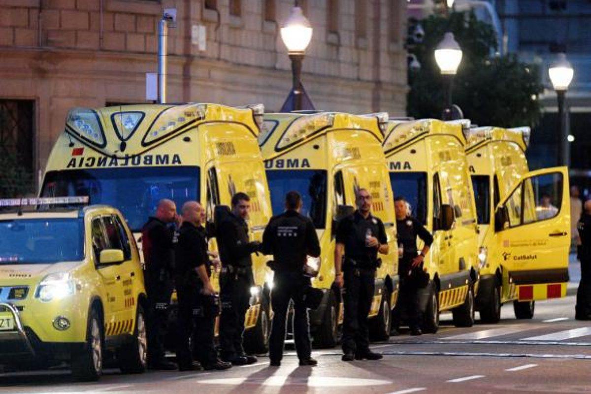 Teroare la Barcelona: 13 morți și 100 de răniți, printre care doi români. Un al treilea suspect, arestat