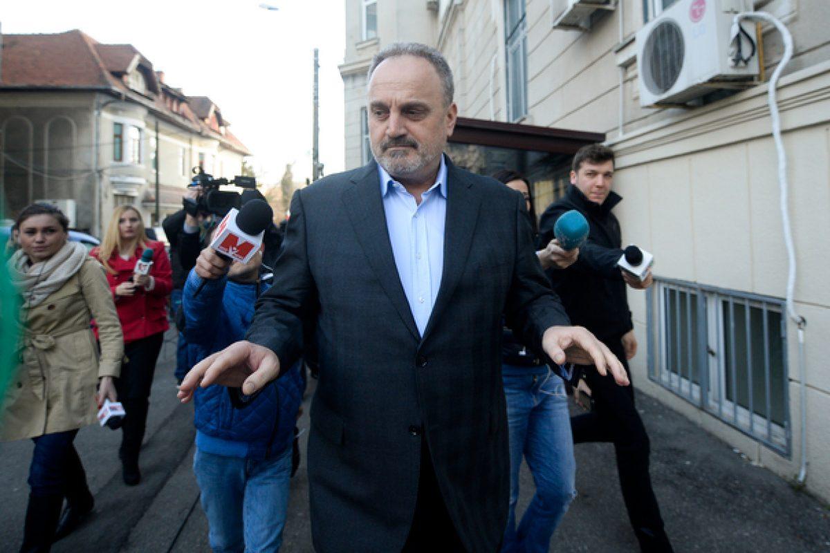 Gabriel Sandu a depus o plângere la DNA în care face referiri la Băsescu, Udrea, Coldea şi Ghiţă