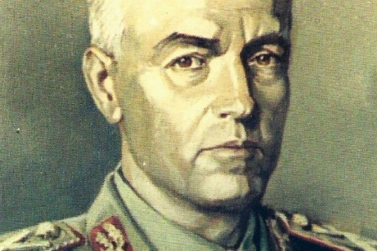 """Ion Antonescu, în vreme de război: """"Ţară de tâlhari. Mă gândesc să introduc pedeapsa cu moartea pentru toate delictele"""""""