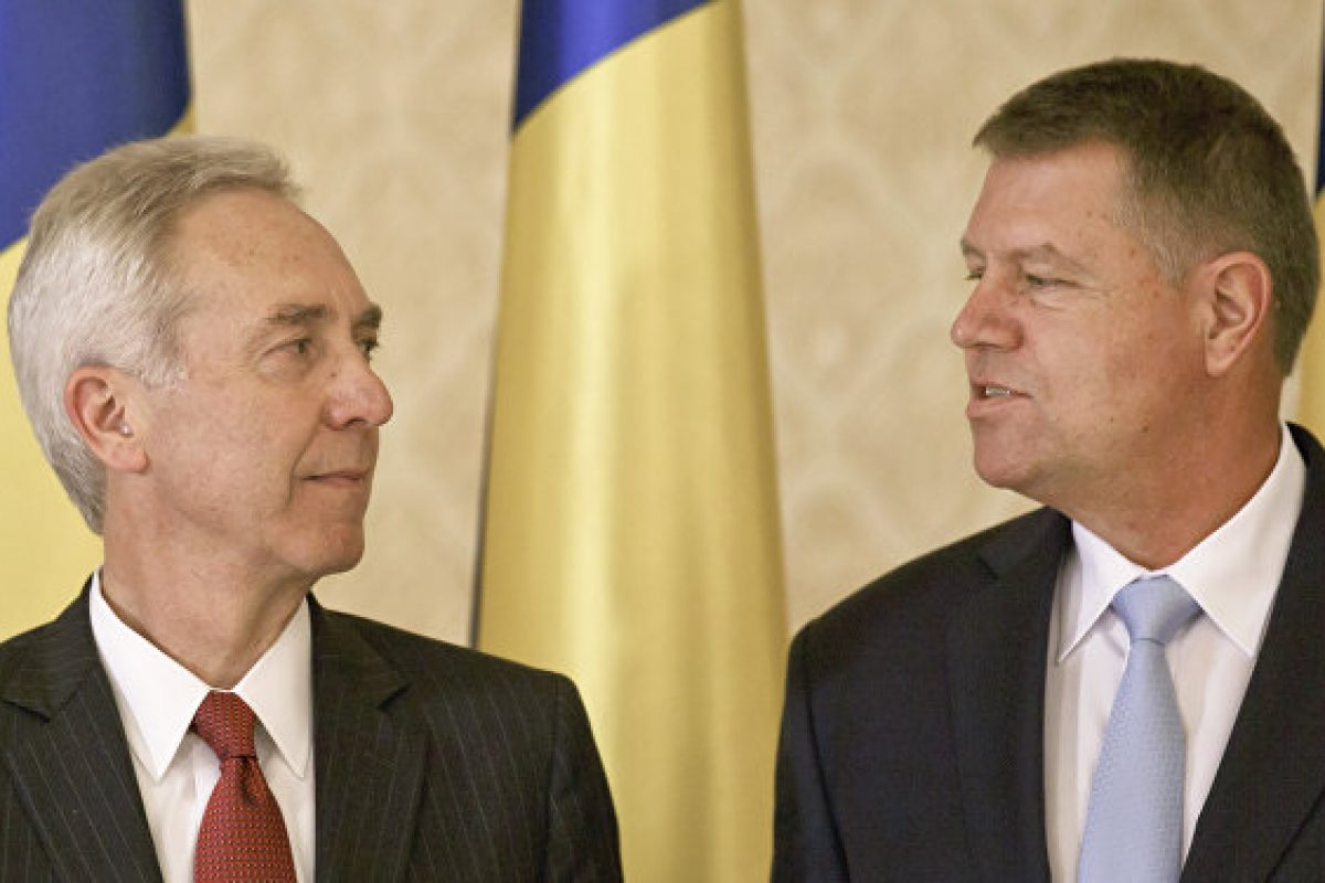 Răzvan Savaliuc îl face praf pe ambasadorul Hans Klemm