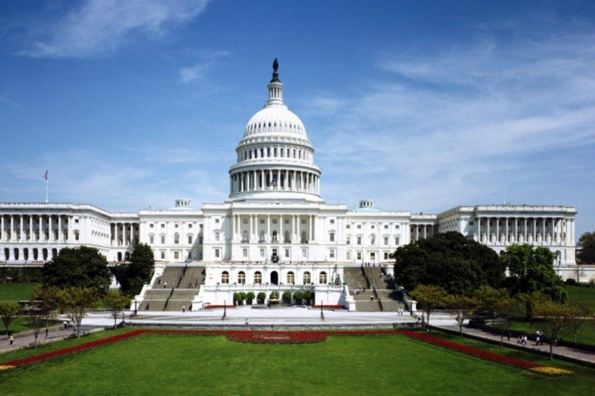 Este guvernul SUA controlat prin dosare?