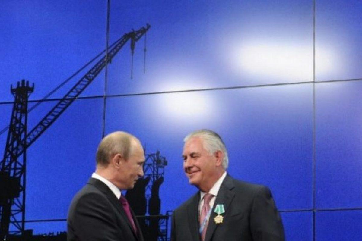 Căutaţi corupţie şi trădare? Luaţi la puricat jaful gazelor din Marea Neagră!