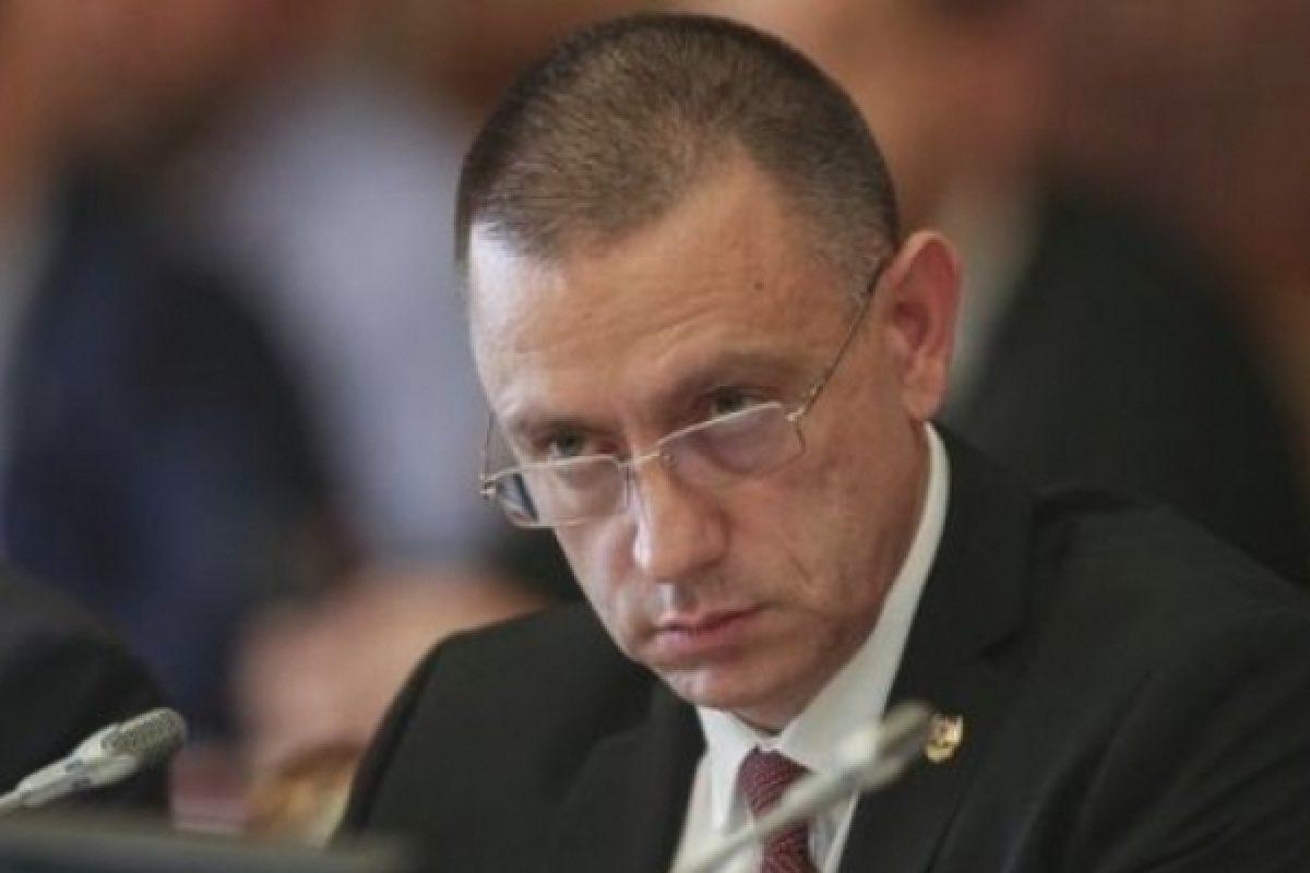 PSD, prin vocea ministrului Mihai Fifor, anunță că analizează reintroducerea stagiului militar obligatoriu: 'El este suspendat, nu anulat' – VIDEO